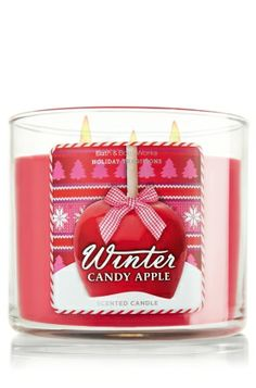 A cheerful, yuletide blend of candied apples and spiced orange zest, with a touch of winter musk
