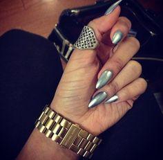 metallic silver <3