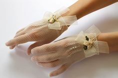 Ivory or White Lace Bridal Gloves