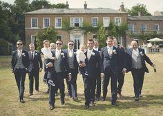 Groomsmen photography ideas. A summer wedding. Reportage wedding photography.