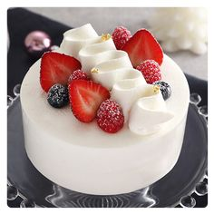 Cake Frosting Designs, Cake Designs, Pretty Cakes, Cute Cakes, Gateau Aux Oreos, Cake Decorating Techniques, Cake Decorating For Beginners, Mini Cakes, Cupcake Cakes