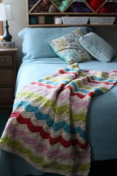 Happy Throw pattern by Tara Murray