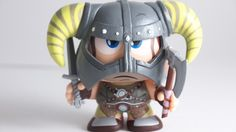 The Dragonborn Makes An Adorable Vinyl Toy | Nerd Approved – Gadgets and Gizmos