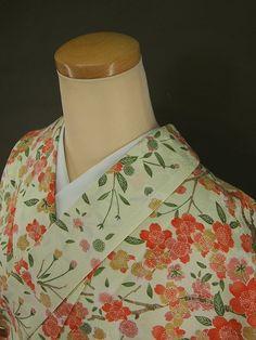 小紋着物、桜模様