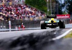 30-May-2013 13:05 - NOG GEEN ANDERE BANDEN IN GP CANADA. De teams uit de Formule 1 zullen nog niet op andere banden racen in de komende Grand Prix van Canada (9 juni). Ze kunnen op het circuit van…...