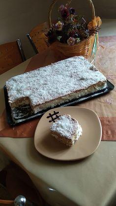 """Η Συνταγή είναι της κ.  Giannhs Koula Gkatsh - Xenia Nikopoulou  – """"Οι Προκομμένες/οι - Συνταγές""""    ΥΛΙΚΑ    1 γάλα ζαχαρούχο  1 φυτική κρέμα γάλακτος (φυτική η πράσινη, Στο χάρτινο κουτί - 500 ml)  3 τεμάχια κρέμα στιγμής  1 Cookbook Recipes, Cooking Recipes, Recipies, Food And Drink, Pudding, Sweets, Cheese, Dairy, Cake"""