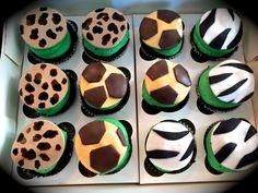 Sweety Cakes -Safari baby shower cupcakes  www.sweetycakes.ca
