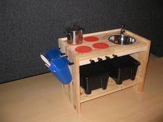 ikea kastje omgebouwd tot keukentje voor nog geen €30!