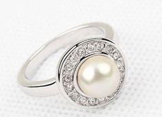 Perlenring, Pearl ring, Perlenschmuck, jewelry  http://www.mybijouterie.ch/online-schmuckshop/perlenschmuck/