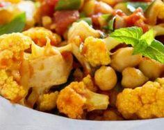 Curry de chou-fleur minceur à la tomate et aux pois chiches