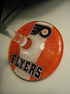 Glittery Philadelphia Flyers Wine / Martini Glass. $10.00, via Etsy. I WANT!!!