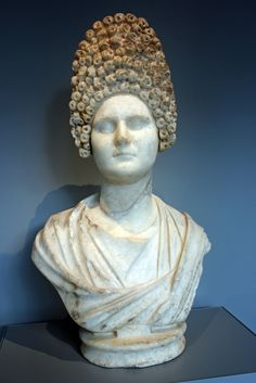 (c. 100 CE) Woman of the Roman Imperial Court