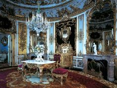 Linderhof: Enough Gold to Make You Pass Out | Calibre Magazine
