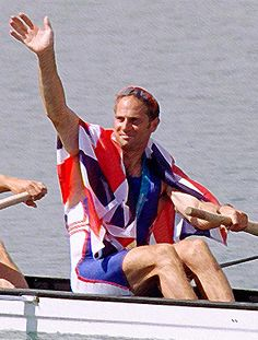 Sir Steven Redgrave won 5 Olympic Gold medals for rowing and has suffered from #Diabetes Type 1 since 1997. Despite being diagnosed with diabetes he continued training hard and won his fifth Olympic Gold in Sydney in 2000.
