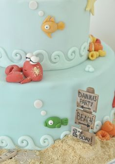 The ocean cake made with fondant