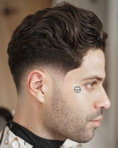 Fade haircuts for men are still some of the most popular men's haircuts to get. Check out these brand new fresh men's fade haircut styles! Best Fade Haircuts, Mens Hairstyles Fade, Trending Haircuts, Undercut Hairstyles, Haircuts For Men, Men's Hairstyle, Tapered Hairstyles, Men Undercut, Hairstyle Ideas