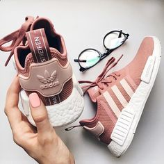 Womens Adidas NMD Raw Pink Shoes Leisure sports the best choice, simple but very trendy! Women's Shoes, Pink Shoes, Cute Shoes, Me Too Shoes, Baby Shoes, Shoes Sneakers, Adidas Sneakers, Adidas Outfit, Sneaker Outfits