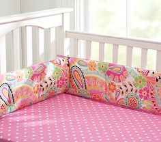love this paisley bedding. need baby.