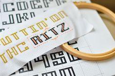 Moderndes Kreuzstich Stickalphabet RITZ einfache Stickschrift Stickvorlage…