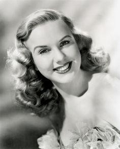 1939 long Hair Styles | Deanna Durbin is a Canadian-born, Southern California-raised retired ...
