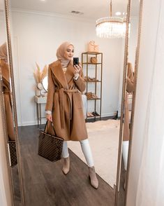 See photos and videos by Leena Snoubar ( Hijab Chic, Modest Fashion Hijab, Modern Hijab Fashion, Modesty Fashion, Hijab Fashion Inspiration, Workwear Fashion, Modest Outfits, Fashion Outfits, Dress Outfits