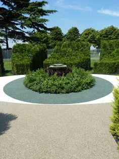 Show Garden using SureSet Permeable paving.