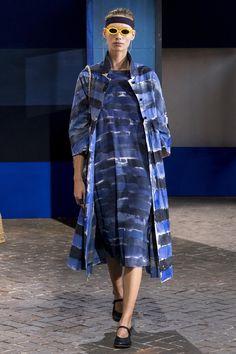 Daniela Gregis at Milan Fashion Week Spring 2018 - Runway Photos Milan Fashion Weeks, Fashion 2018, Fashion News, Fashion Show, Fashion Looks, Street Outfit, Madame, Beautiful Outfits, Women Wear