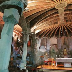 For #costabarcelonaweek you have to visit The Church of Colònia Güell or Gaudi's Crypt as it is also known. It is only 20km inland from Barcelona and 10 minutes by train.  Building commence in 1908 and in true Gaudi style it never finished.  It is now a UNESCO site and a perfect example of Catalan Modernism and almost a perfect place to visit before you see the Sagrada Familia  #bcnmuchmore ##igerstarrega #descobreixcatalunya #antonigaudi #architecture #catalunya_monumental #catalunyaenfotos…