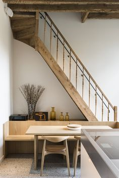 pinned by barefootstyling.com dining corner by the stairs huis v-m, gent