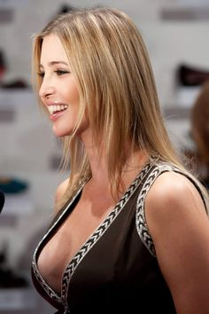 Super Photos of Ivanka Trump : As we know Ivanka Trump is a wife, mother, entrepreneur but you never saw these 25 ridiculously super hot photos of Ivanka Trump. Take a look Super Photos of Ivanka Trump Trump Daughter, First Daughter, Lysandre Nadeau, Ivanka Trump Pictures, Ivanka Marie Trump, Wow Photo, First Lady Melania Trump, Bikini Photos, Up Girl