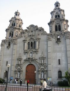 Church at Parque Miraflores, Lima, Peru