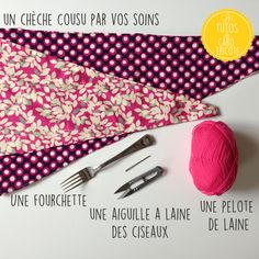 Tuto couture : un chèche / foulard pompons pour petites filles – Le blog de Caro Tricote Golden Girls, Slouchy Beanie, Hats For Men, Women Hats, Knitted Hats, Sewing Patterns, Hat Patterns, Sewing Projects, Blog
