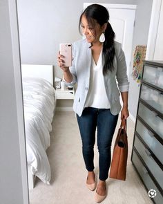 hot summer work outfits Women fashion for work Summer Work Outfits, Casual Work Outfits, Blazer Outfits, Business Casual Outfits, Work Casual, Casual Chic, Business Attire, Outfit Work, Hot Outfits