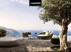 Daybed + loungechair Tosca by Tribù  http://www.horabarneveld.nl/outdoor/loungemeubilair/s/tosca