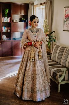 Find top trending and unique Sabyasachi Lehenga Designs for your dream bridal look. Best bridal lehenga designs by Sabyasachi for 2020 weddings. Wedding Lehnga, Muslim Wedding Dresses, Pakistani Wedding Outfits, Indian Bridal Outfits, Indian Bridal Wear, Bridal Dresses, Indian Wear, Sabyasachi Lehenga Bridal, Indian Bridal Lehenga