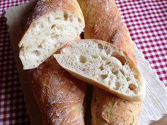 Baguette Parisienne, ein schmackhaftes Rezept aus der Kategorie Brot und Brötchen. Bewertungen: 366. Durchschnitt: Ø 4,7. Bread Machine Recipes, Bread Recipes, Tapas, Muffins, Food And Drink, Favorite Recipes, Snacks, Vegan, Cooking