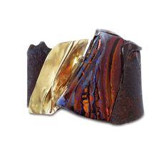 Thierry Vendome. Bracelet Etna.  Rouille, opale d'Australie, or jaune.