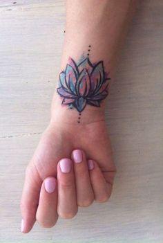 - calla lily tattoo ideas, celebrity star tattoos, small flower tattoos on back sh - Delicate Flower Tattoo, Flower Wrist Tattoos, Small Wrist Tattoos, Flower Tattoo Designs, Tattoo Flowers, Tattoo Small, Diamond Tattoo Designs, Tattoo Designs Wrist, Butterfly Tattoos