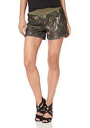 Hot-pants LAURA_SCOTT  - Mode femme Hot Pants, Laura Scott, Trends, Elegant, Casual Shorts, Pumps, Women, Fashion, Moda Femenina