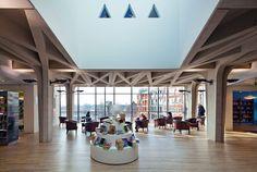 Binnenfoto's nieuwe bibliotheek Veenendaal