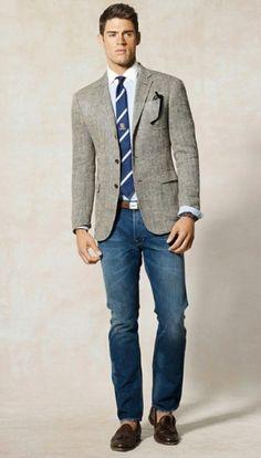 Jeans + sport coat blazer = men's business/casual around the office. Business Casual Hombre, Business Casual Herren, Business Casual Attire For Men, Casual Suit, Dress Casual, Business Mode, Business Outfits, Business Formal, Business Fashion
