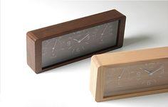 湿度温度計付きのおしゃれな木製置き時計