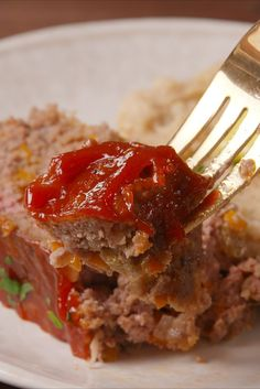 Best Classic Meatloaf Recipe - How To Make Easy Meatloaf—Delish.com