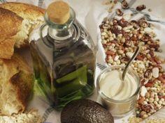 Mediterranean Healthy Food List Eat to live longer with these foods. Healthy Food List, Healthy Dishes, Healthy Eating, Healthy Recipes, Healthy Foods, Good Food, Yummy Food, Mediterranean Diet Recipes, Gluten Free Snacks