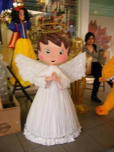 piñata de angelitos - Buscar con Google Mexican Pinata, Mexican Costume, Birthday Pinata, Birthday Wishes, Christmas Fashion, Christmas Crafts, Ideas Bautismo, How To Make Pinata, Joelle