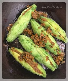 How to make Stuffed Karela, Bitter gourd stuffed with fresh indian spices. Traditional Punjab Style Karela Recipe, Step by Step Stuffed Karela Recipe… Continue reading → Paneer Recipes, Indian Food Recipes, New Recipes, Vegetarian Recipes, Cooking Recipes, Favorite Recipes, Melon Recipes, Wild Rice Recipes, Roasted Vegetable Recipes