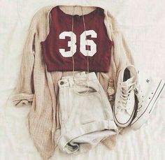 Outfits – Tap on the link to see our great accessory collection …> 2019 – 2020 - Moda Life Teenage Outfits, Teen Fashion Outfits, Mode Outfits, Cute Fashion, Fashion Styles, Hipster School Outfits, Casual Teen Fashion, School Ootd, Spring Fashion