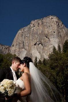 Yosemite Wedding Classic White.  Photos by Patrick Pike