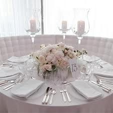 round table centrepieces