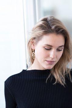 afterDRK Sabrina Meijer wearing the perfect Balenciaga earrings